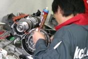 Z2 エンジン組立て