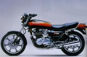 Kawasaki Z1000J 3