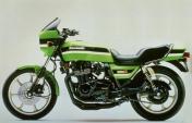 Kawasaki Z1000R 2