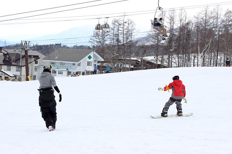 スノーボード練習中