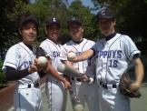 大学野球部の同期4人で。