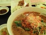 中華料理「明香源」坦々麺定食