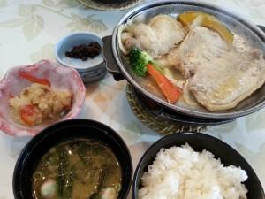20131124_レイクフォレストリゾートの豚の味噌焼き定食[1]