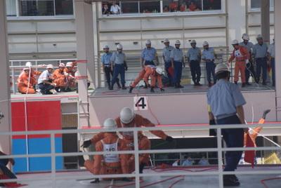 第39回全国消防救助技術大会・ロープブリッジ救出4