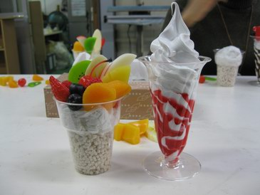森野サンプル・食品サンプルのクリーム入りとパフェ模型