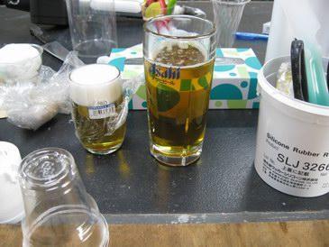 森野サンプル・ビールの食品サンプルはゼラチンとグリセリンで作るらしい