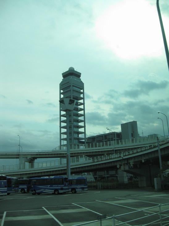 関西国際空港管制塔