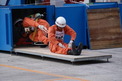 第39回全国消防救助技術大会・ほふく救出の部鳥取の消防士さん