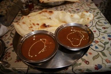 京都寺町のインド料理アジャンタのナンとチキン・羊肉のカレー