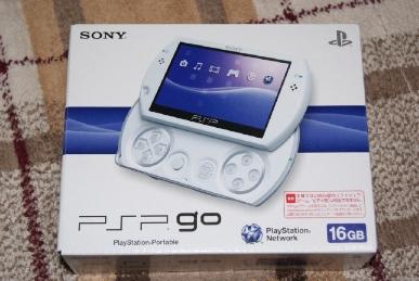 PSP go(PSP-N1000)パール・ホワイトの箱